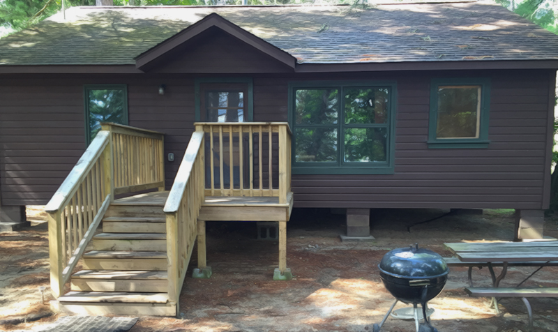 Pine Grove Lodge Cabin Six